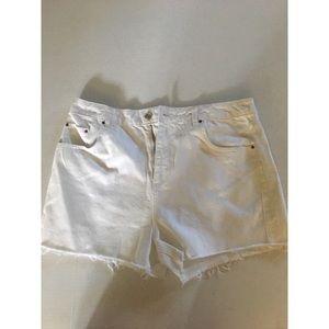 NWOT Topshop Moto mom white jean shorts